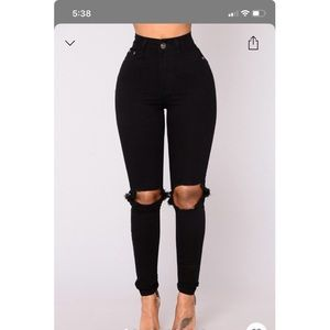 Distracted higher rise jeans